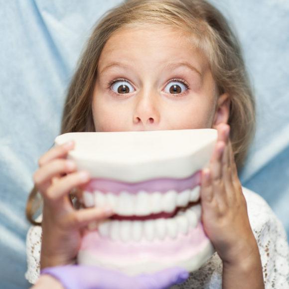 L'approccio al piccolo paziente: l'incontro tra bambino e dentista